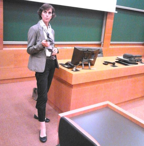 Bárbara Sotomayor in a conference on IESE Business School. Barcelona